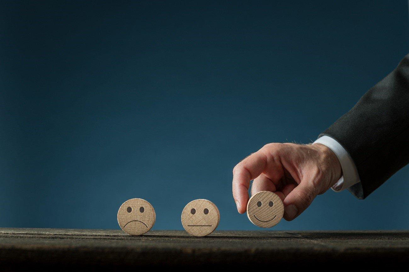Importancia de las reseñas en la captación de clientes para tu despacho de abogados